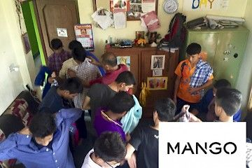 Foto MANGO donate cloths for our children 2